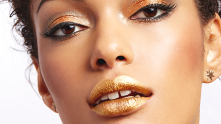With the Holiday Hustle in full effect, being festive 24/7 is a full-time job. But with a few fun tricks up your sleeve, spreading Holiday cheer will be your middle name. Meet The Perfect Holiday Eye. This romantic and cheery look gives a golden glow to the lids and provides just the right amount of sparkle to be dressed down for the day and up for the night.