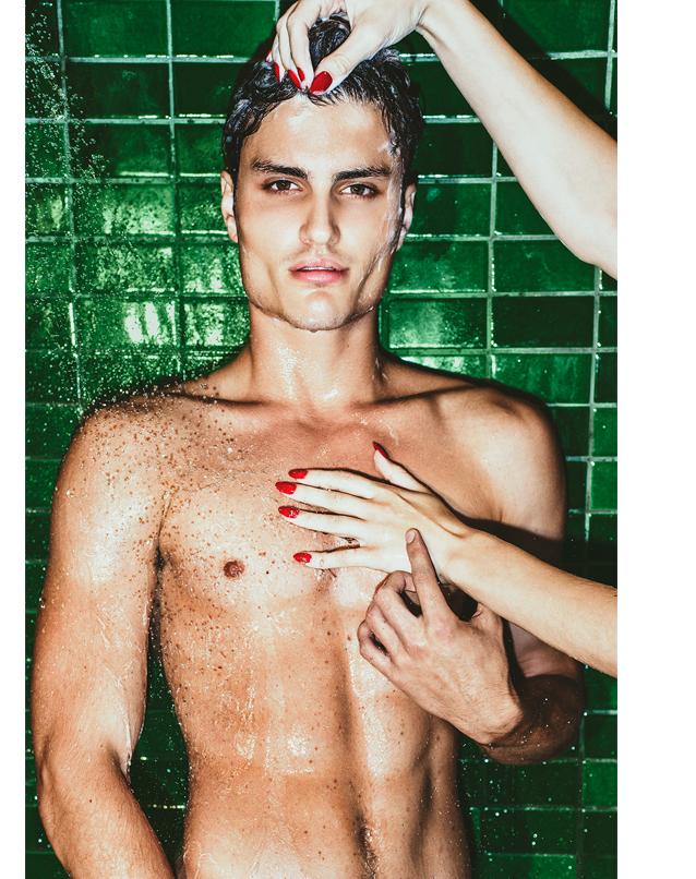 G&F MEN'S FALL FASHION_room service_shower 2